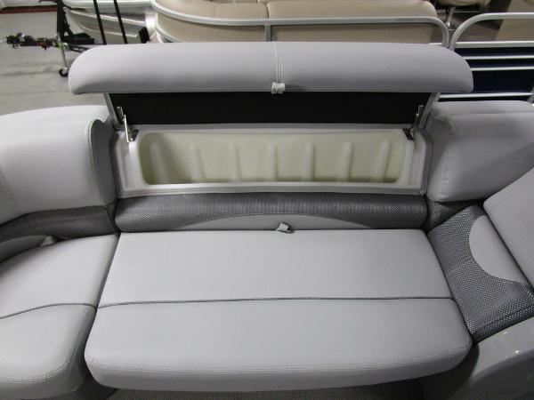 2021 Regency boat for sale, model of the boat is 230 DL3 & Image # 20 of 54