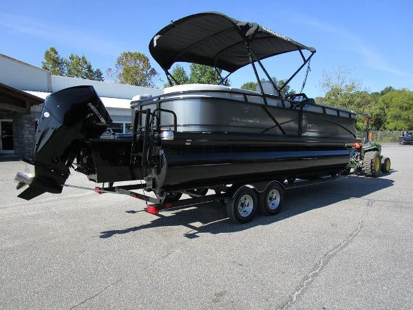 2021 Regency boat for sale, model of the boat is 230 DL3 & Image # 47 of 54