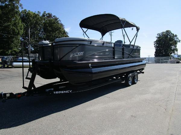 2021 Regency boat for sale, model of the boat is 230 DL3 & Image # 51 of 54