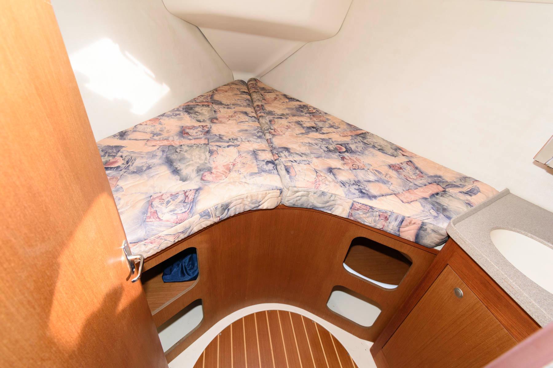 M 5791 JP Knot 10 Yacht Sales