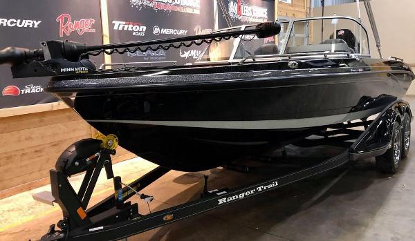 2021 Ranger Boats boat for sale, model of the boat is 620FS Ranger Cup Equipped & Image # 2 of 10
