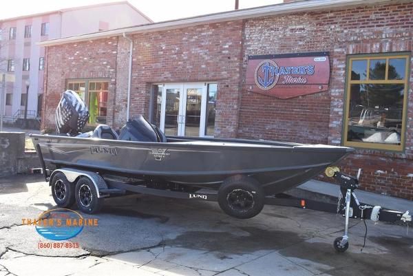 2020 Lund boat for sale, model of the boat is 2075 Pro-V Bass Bench Seating & Image # 30 of 103
