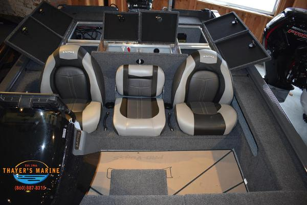 2020 Lund boat for sale, model of the boat is 2075 Pro-V Bass Bench Seating & Image # 59 of 103