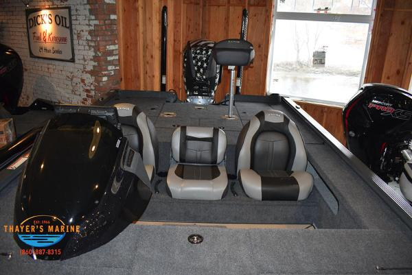 2020 Lund boat for sale, model of the boat is 2075 Pro-V Bass Bench Seating & Image # 93 of 103