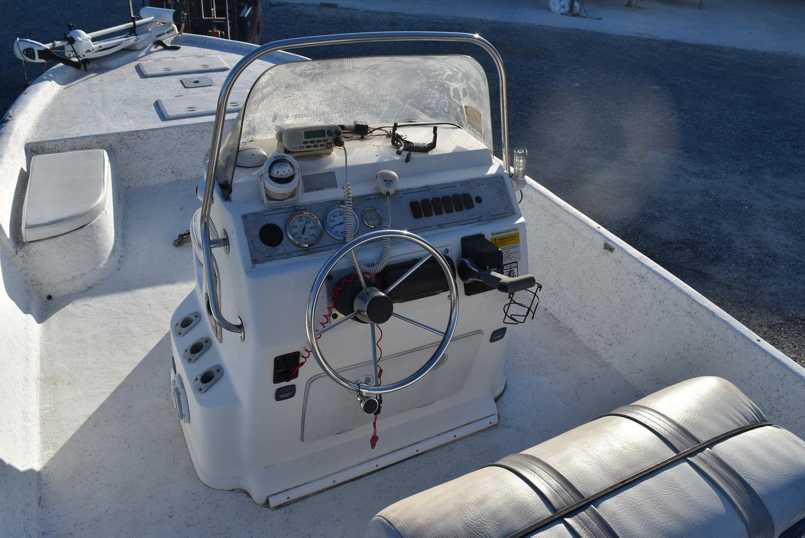 2005 Bay Stealth boat for sale, model of the boat is 2180 & Image # 9 of 10