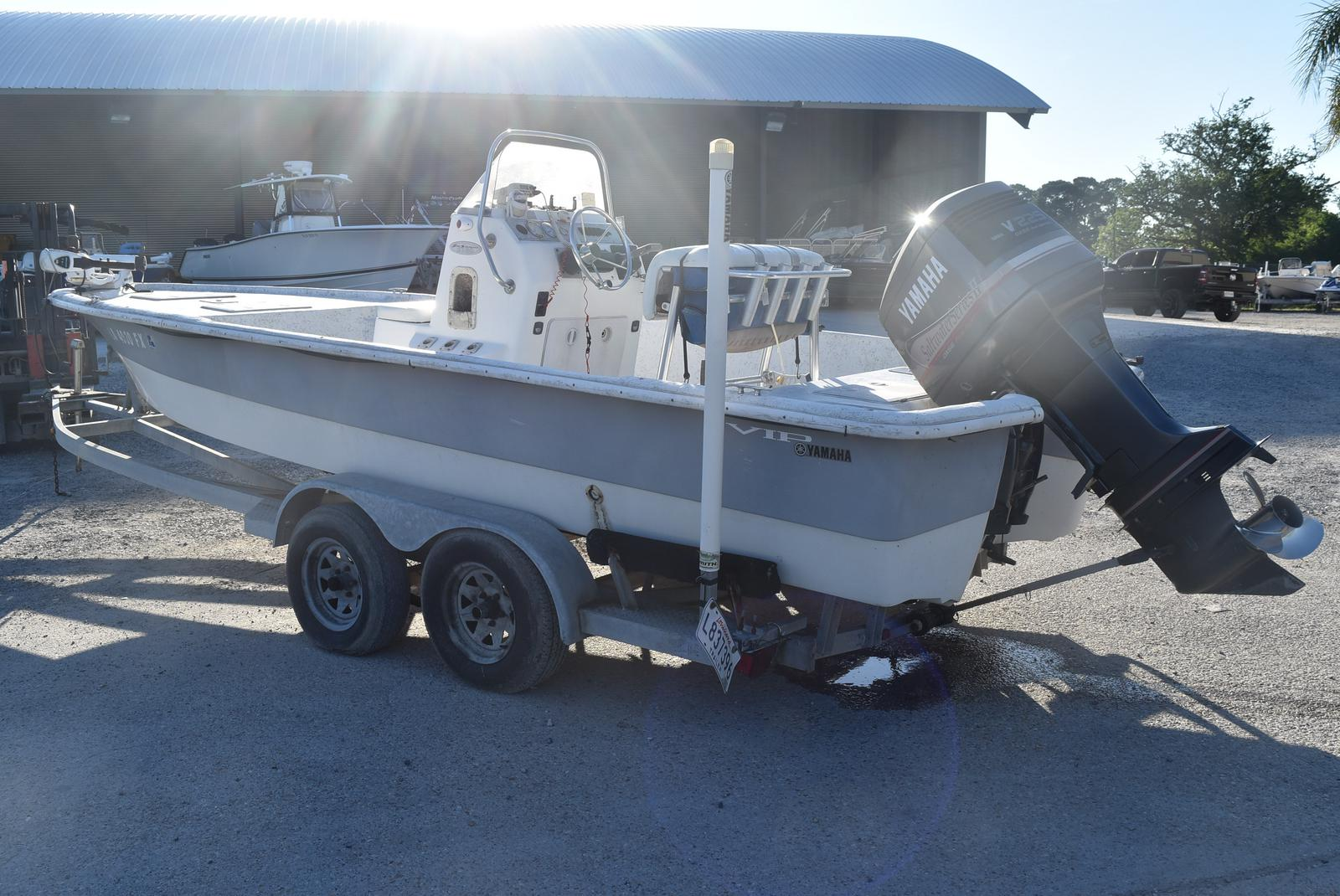 2005 Bay Stealth boat for sale, model of the boat is 2180 & Image # 4 of 10