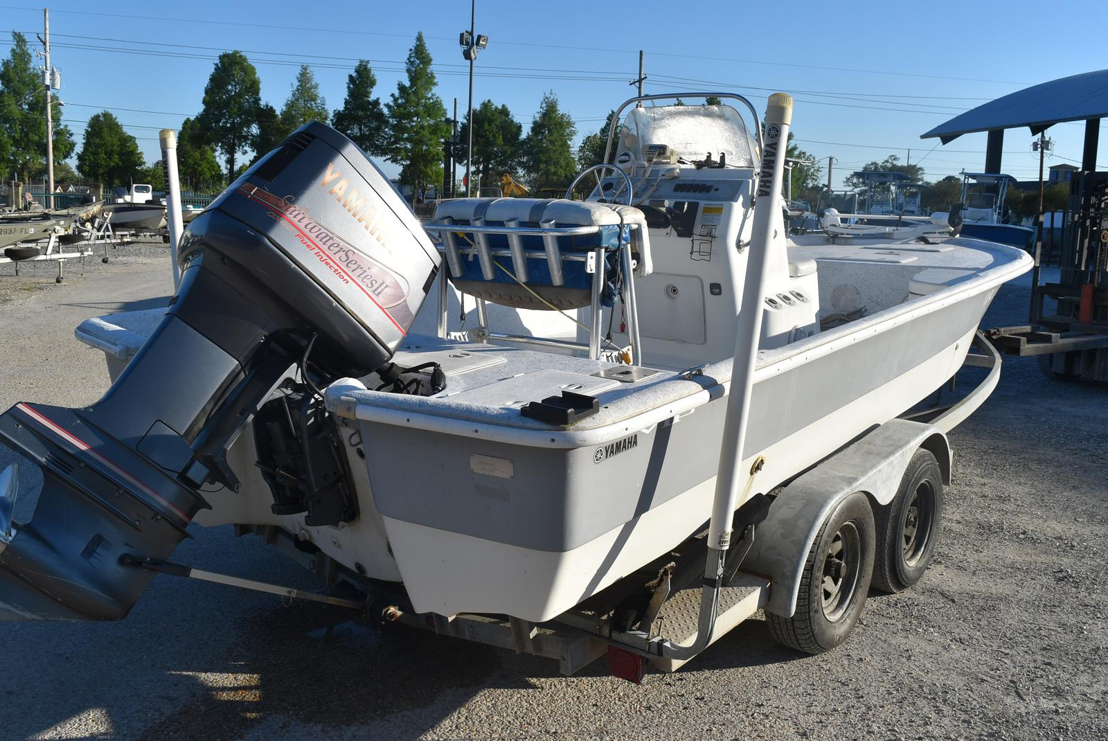 2005 Bay Stealth boat for sale, model of the boat is 2180 & Image # 5 of 10