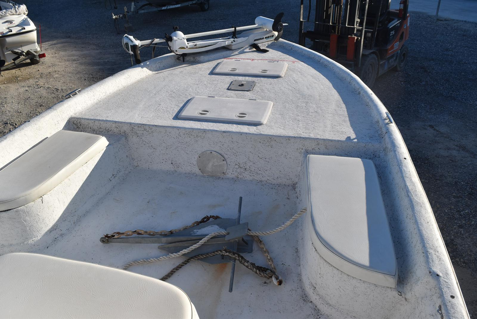 2005 Bay Stealth boat for sale, model of the boat is 2180 & Image # 8 of 10