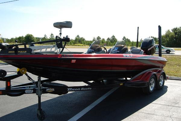 2006 Triton boat for sale, model of the boat is 20X & Image # 6 of 12