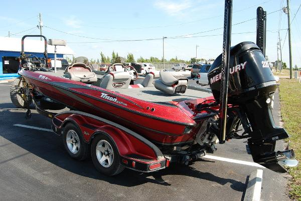 2006 Triton boat for sale, model of the boat is 20X & Image # 7 of 12