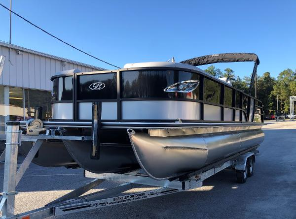 2021 Bentley boat for sale, model of the boat is Elite 253 Swing Back (Full Tube) & Image # 1 of 30