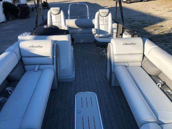 2021 Bentley boat for sale, model of the boat is Elite 253 Swing Back (Full Tube) & Image # 9 of 30