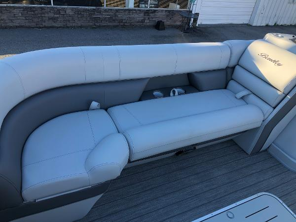 2021 Bentley boat for sale, model of the boat is Elite 253 Swing Back (Full Tube) & Image # 10 of 30