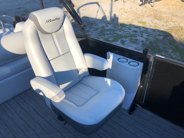 2021 Bentley boat for sale, model of the boat is Elite 253 Swing Back (Full Tube) & Image # 25 of 30