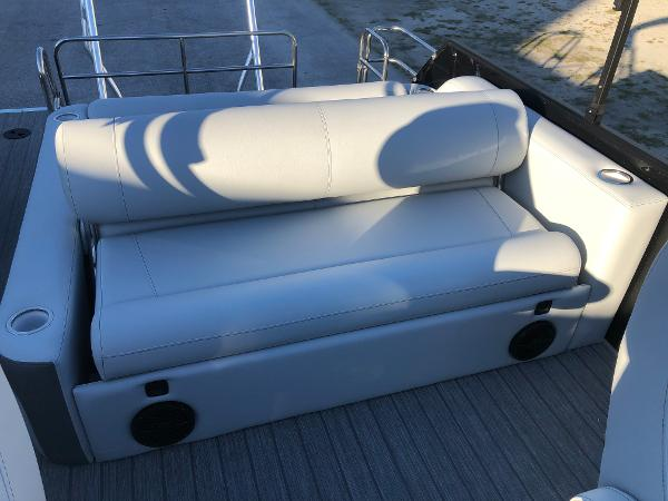 2021 Bentley boat for sale, model of the boat is Elite 253 Swing Back (Full Tube) & Image # 26 of 30