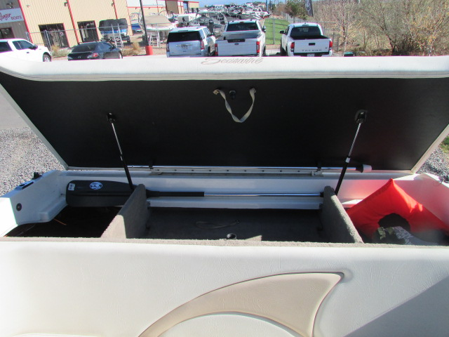 1997 Seaswirl boat for sale, model of the boat is 230 Cuddy & Image # 3 of 29