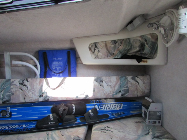 1997 Seaswirl boat for sale, model of the boat is 230 Cuddy & Image # 7 of 29