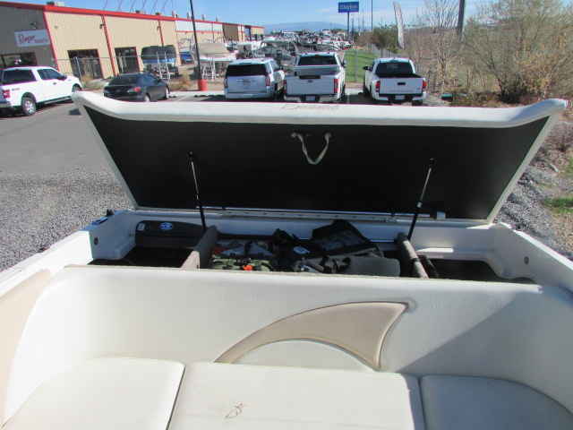 1997 Seaswirl boat for sale, model of the boat is 230 Cuddy & Image # 13 of 29