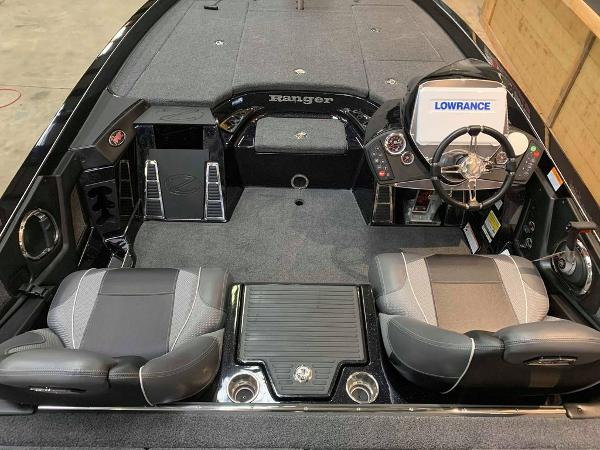 2021 Ranger Boats boat for sale, model of the boat is Z520C Ranger Cup Equipped & Image # 3 of 11