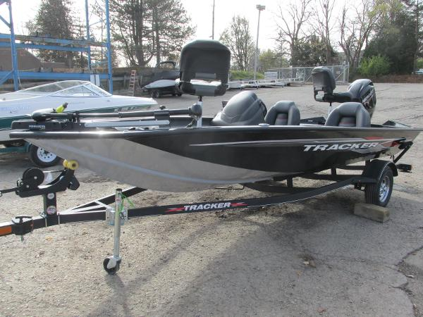 2021 Tracker Boats boat for sale, model of the boat is Pro Team 175 TXW & Image # 2 of 30