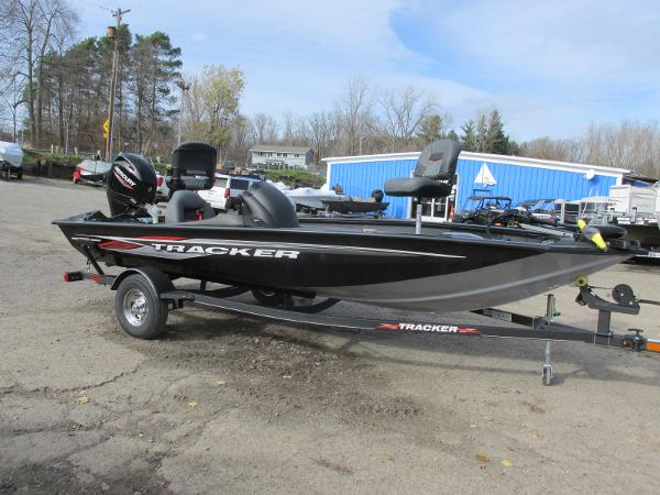 2021 Tracker Boats boat for sale, model of the boat is Pro Team 175 TXW & Image # 3 of 30