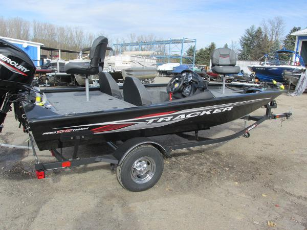 2021 Tracker Boats boat for sale, model of the boat is Pro Team 175 TXW & Image # 4 of 30