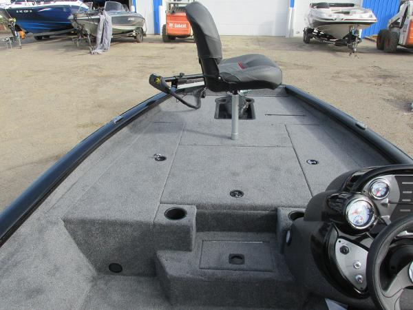 2021 Tracker Boats boat for sale, model of the boat is Pro Team 175 TXW & Image # 11 of 30