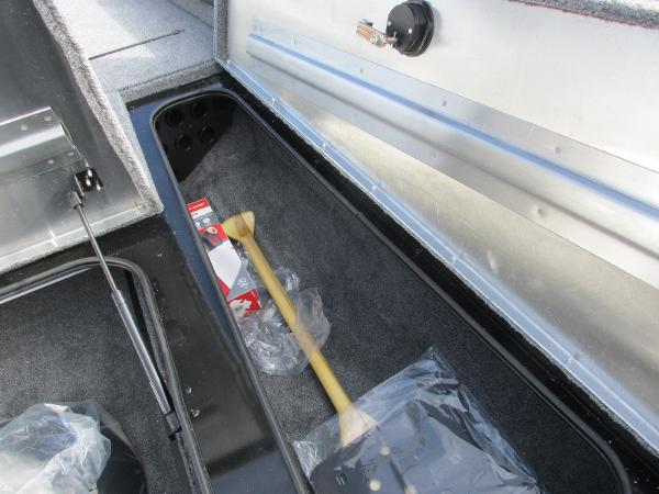 2021 Tracker Boats boat for sale, model of the boat is Pro Team 175 TXW & Image # 12 of 30