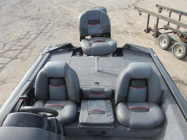 2021 Tracker Boats boat for sale, model of the boat is Pro Team 175 TXW & Image # 17 of 30