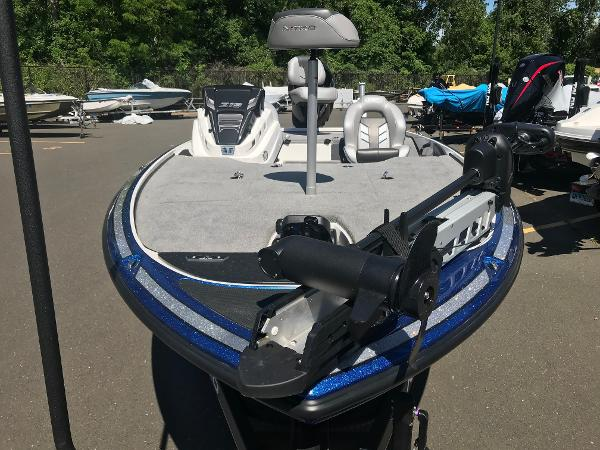 2020 Nitro boat for sale, model of the boat is Z19 & Image # 8 of 52