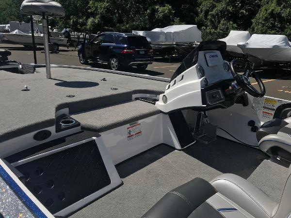2020 Nitro boat for sale, model of the boat is Z19 & Image # 10 of 52