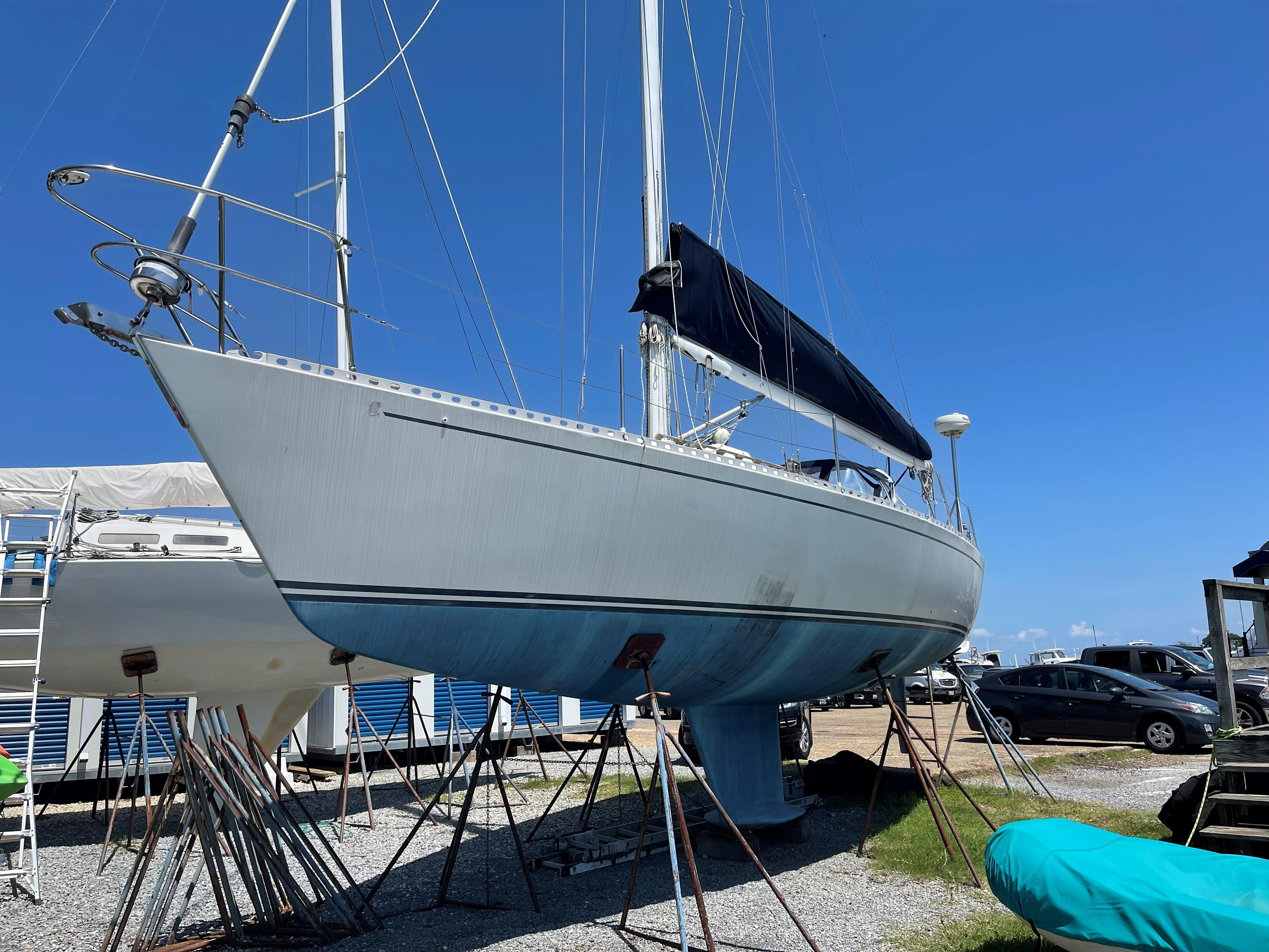 M 5178 RW Knot 10 Yacht Sales