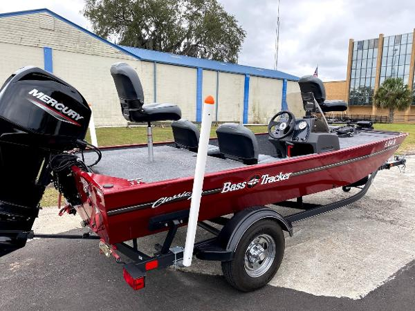 For Sale: 2020 Tracker Boats Classic Xl 17ft<br/>Nobles  Marine