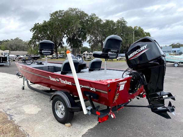 2020 Tracker Boats boat for sale, model of the boat is CLASSIC XL & Image # 4 of 16