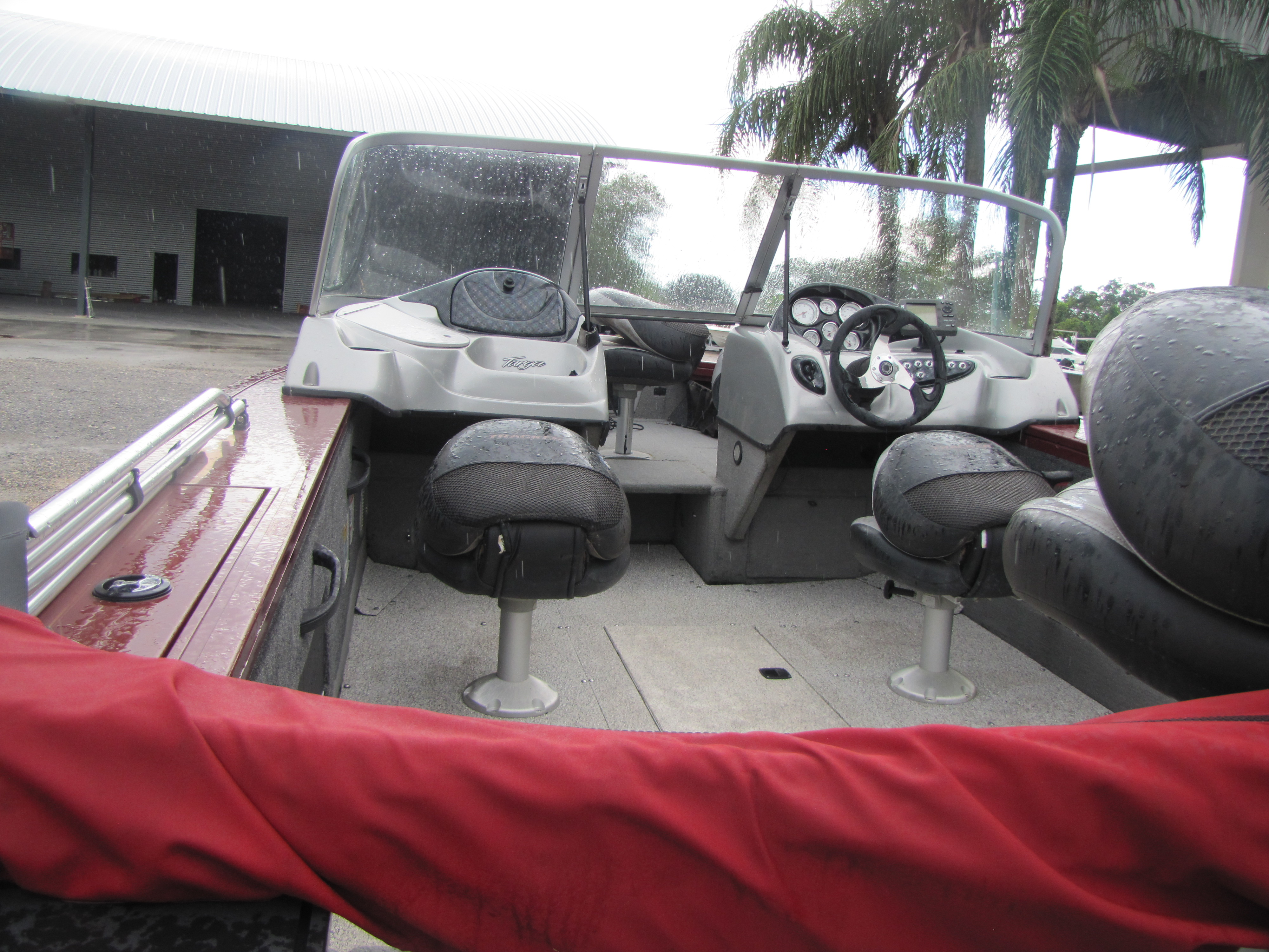 2013 Tracker Boats boat for sale, model of the boat is V 18 & Image # 4 of 5