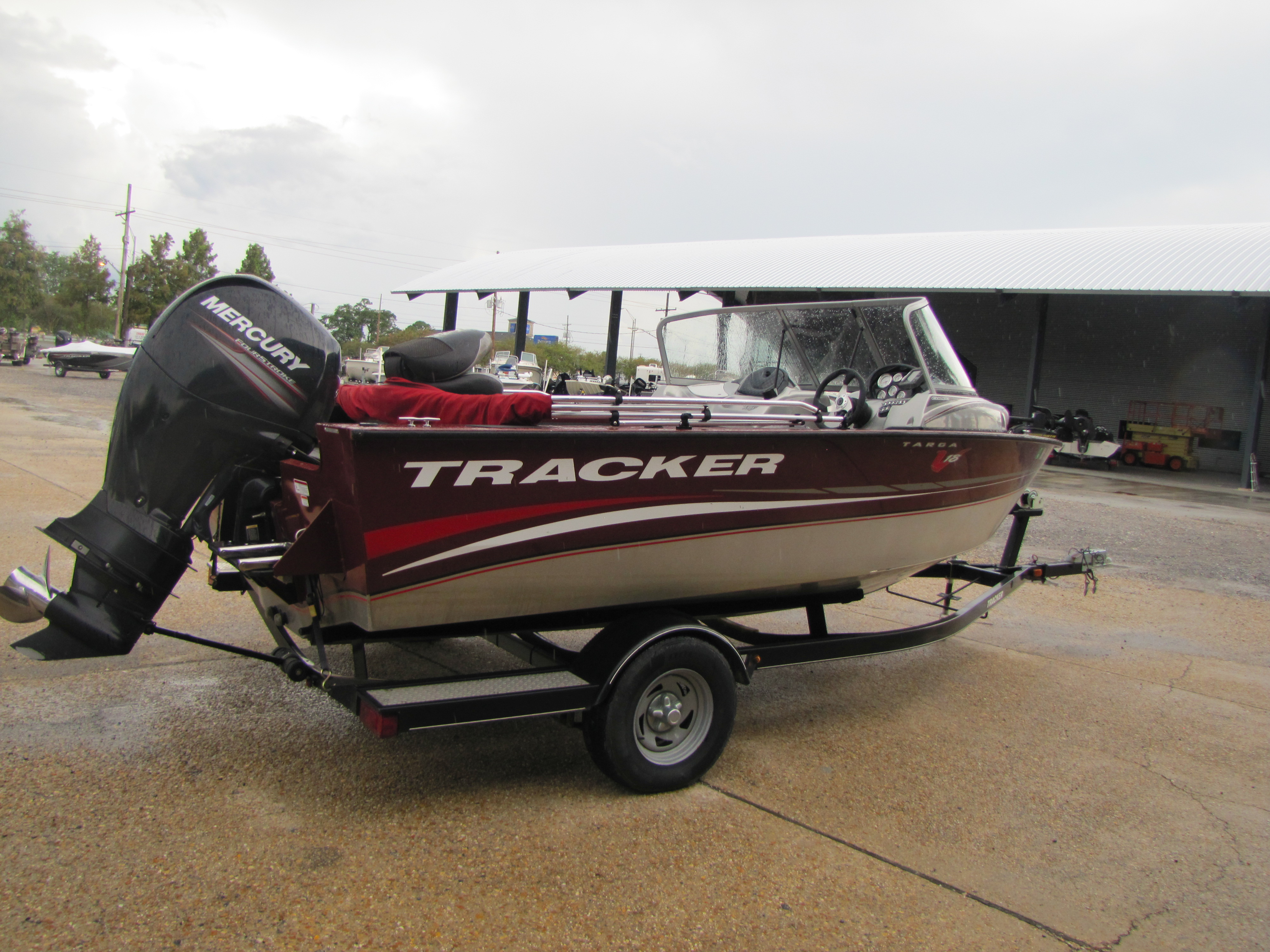 2013 Tracker Boats boat for sale, model of the boat is V 18 & Image # 5 of 5