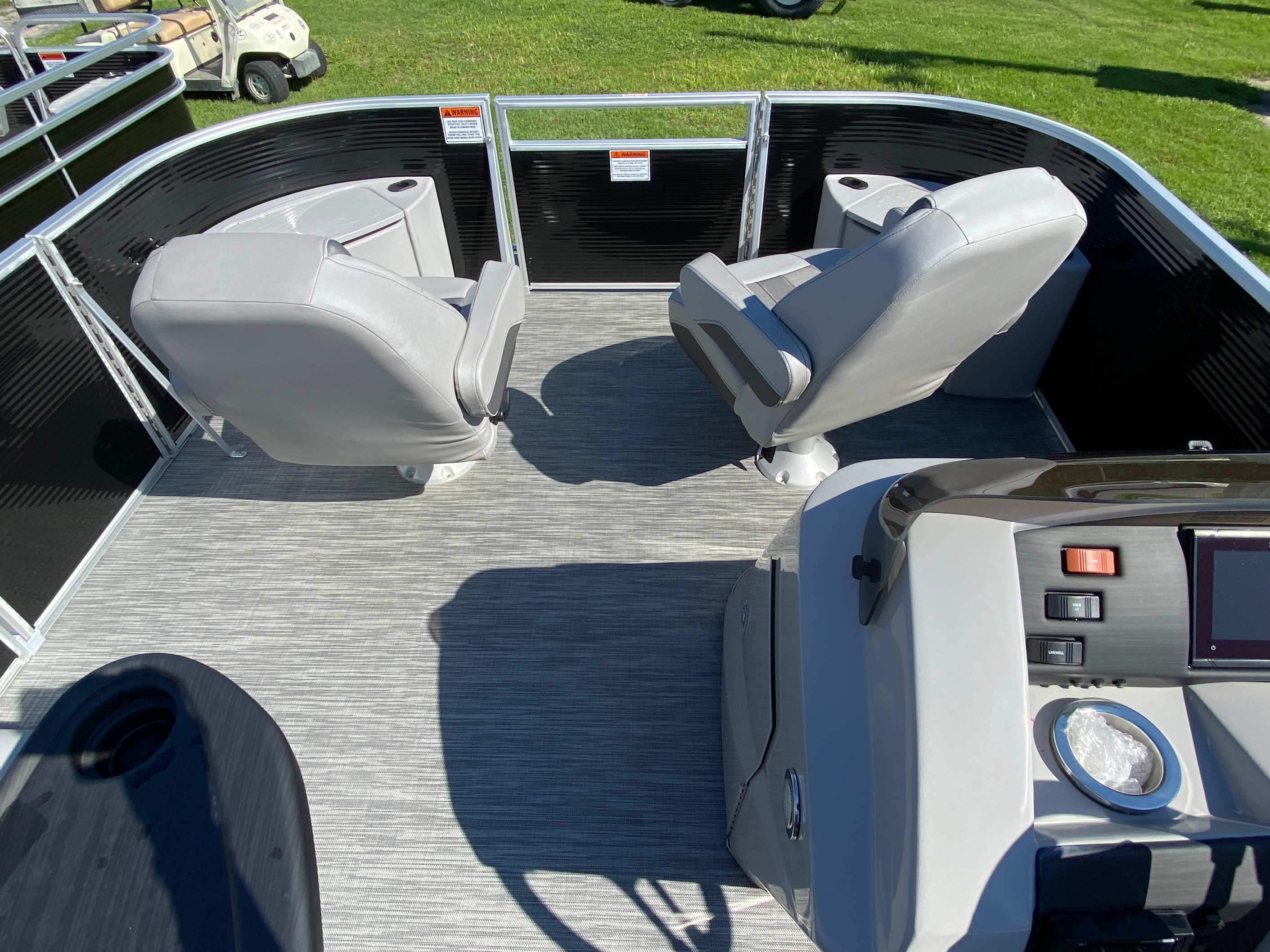 2020 Bennington boat for sale, model of the boat is 20 SFX & Image # 6 of 9