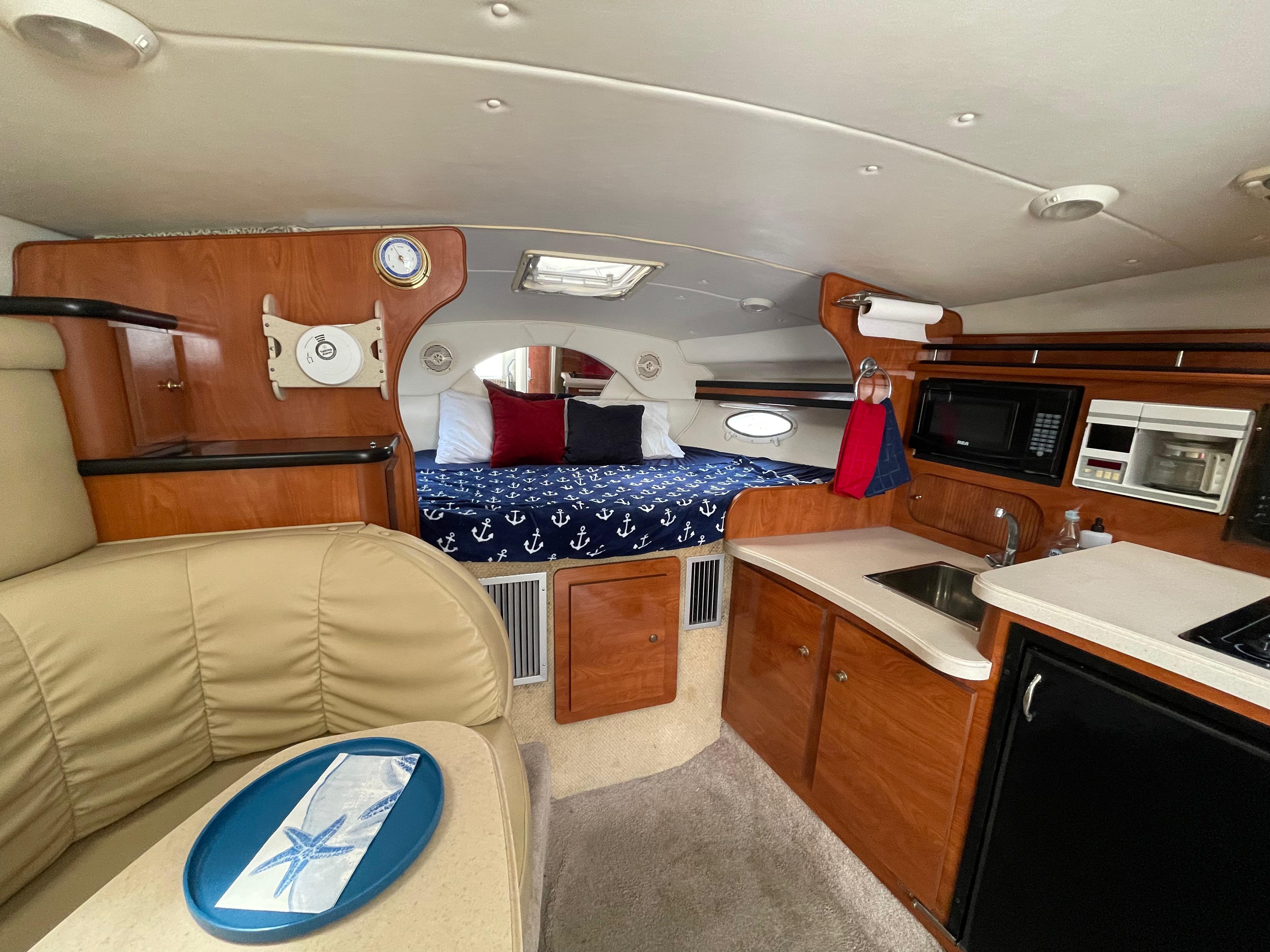 NY 6177 LK Knot 10 Yacht Sales