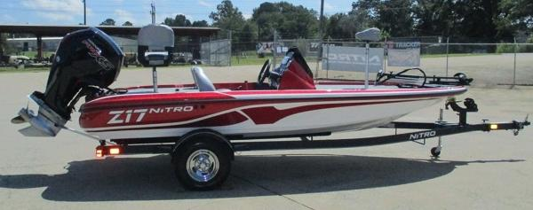 2021 Nitro boat for sale, model of the boat is Z17 & Image # 4 of 10