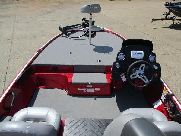 2021 Nitro boat for sale, model of the boat is Z17 & Image # 6 of 10