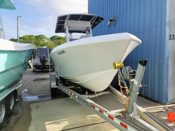 2014 BLUEWATER 23t
