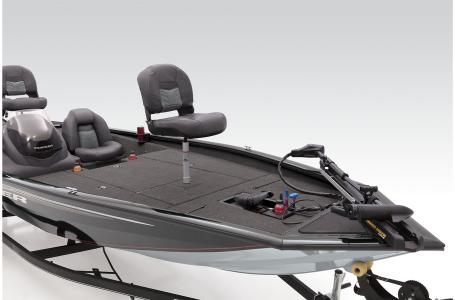2021 Tracker Boats boat for sale, model of the boat is TRACKER PRO TEAM 190 TX & Image # 2 of 37