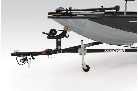 2021 Tracker Boats boat for sale, model of the boat is TRACKER PRO TEAM 190 TX & Image # 36 of 37