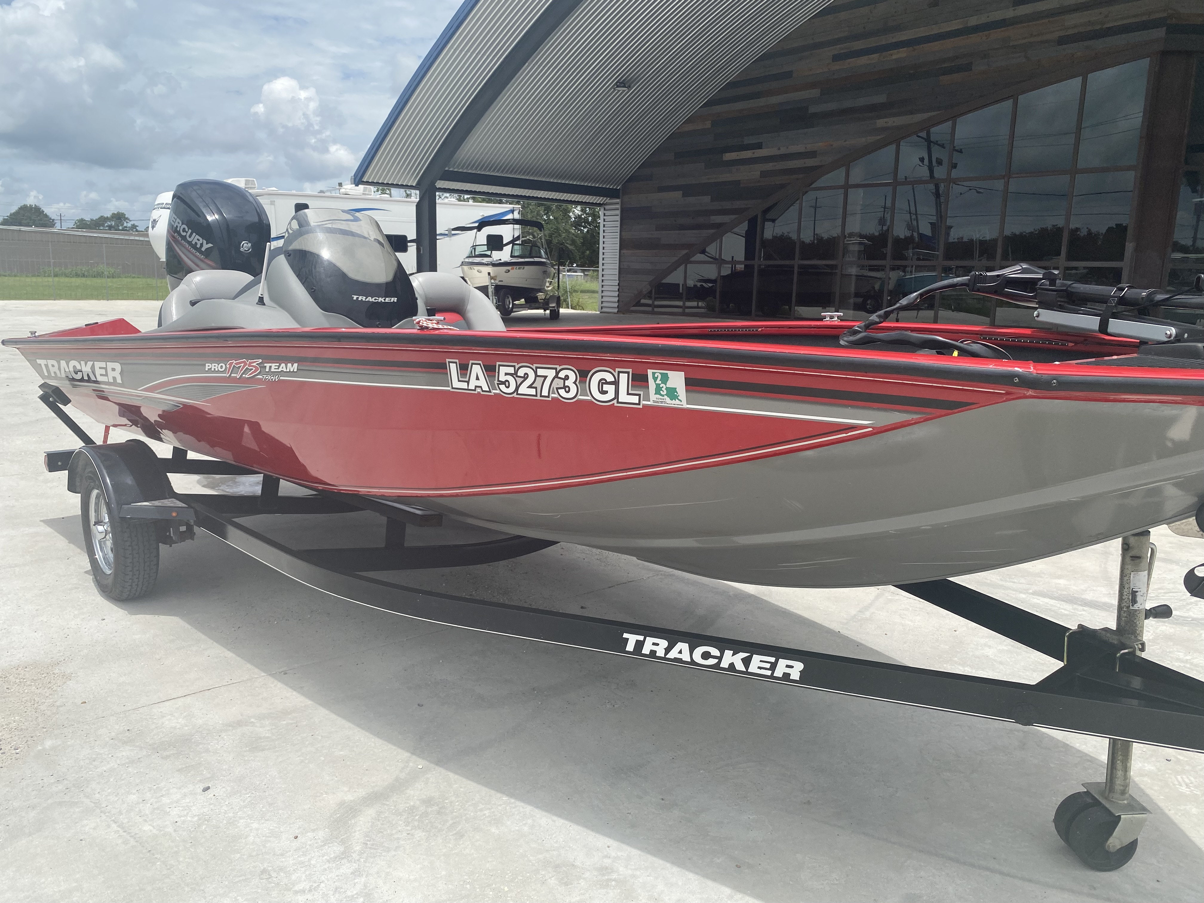2016 Tracker Boats boat for sale, model of the boat is Pro Team 175 TXW & Image # 7 of 11