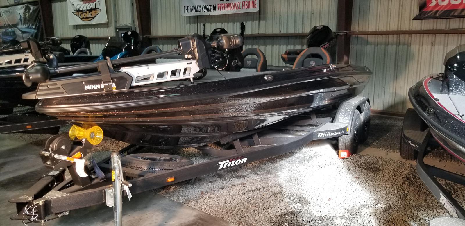 2020 TRITON 19TRX W/200L PXS4 TQM 1.75 for sale
