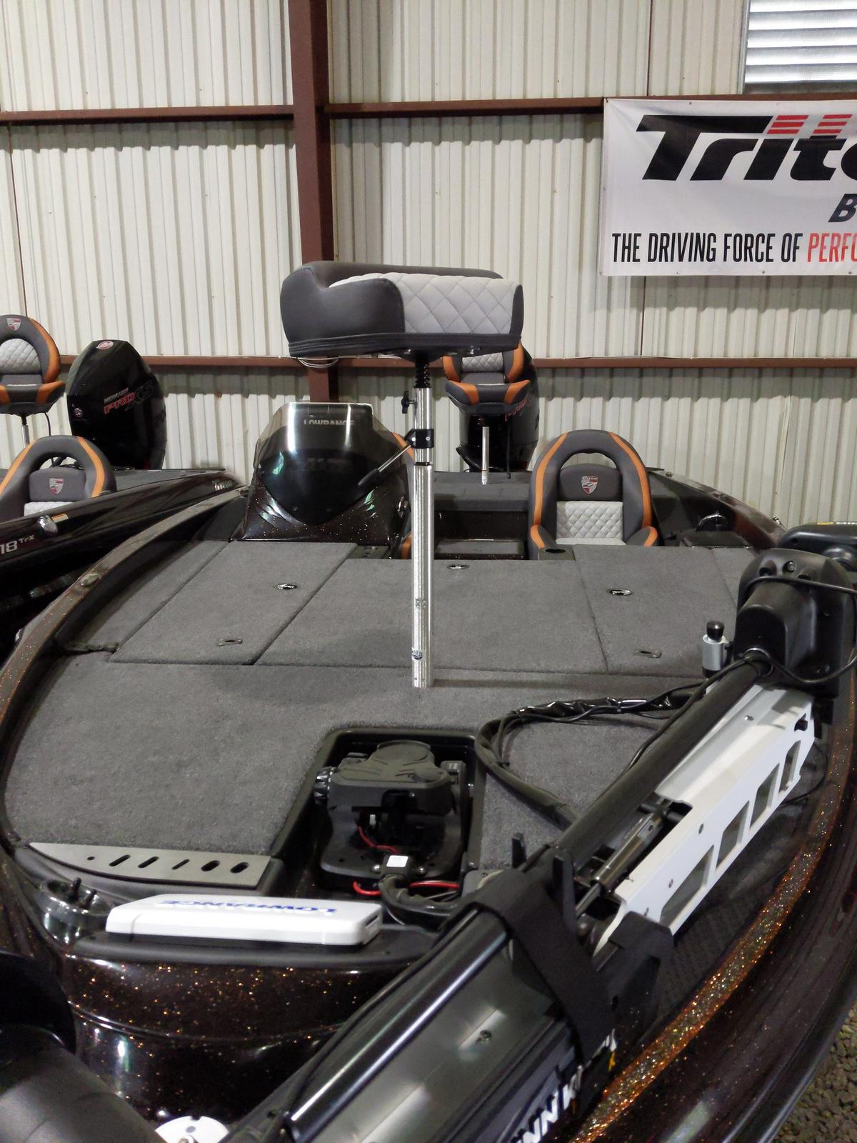 2020 Triton boat for sale, model of the boat is 19TRX w/200L PXS4 TQM 1.75 & Image # 8 of 18