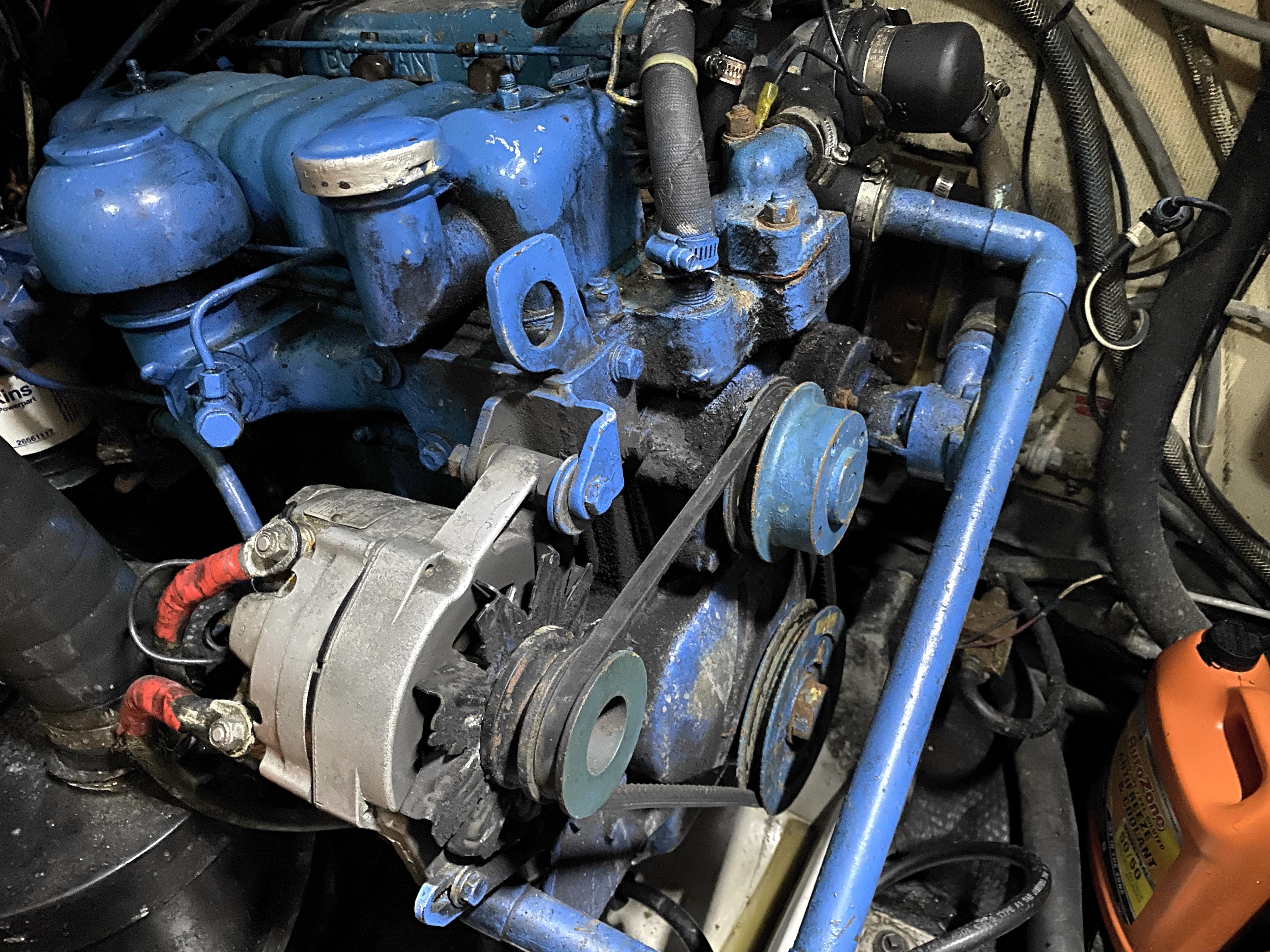 Endeavour 40 Center Cockpit - Perkins 4108 50 HP engine
