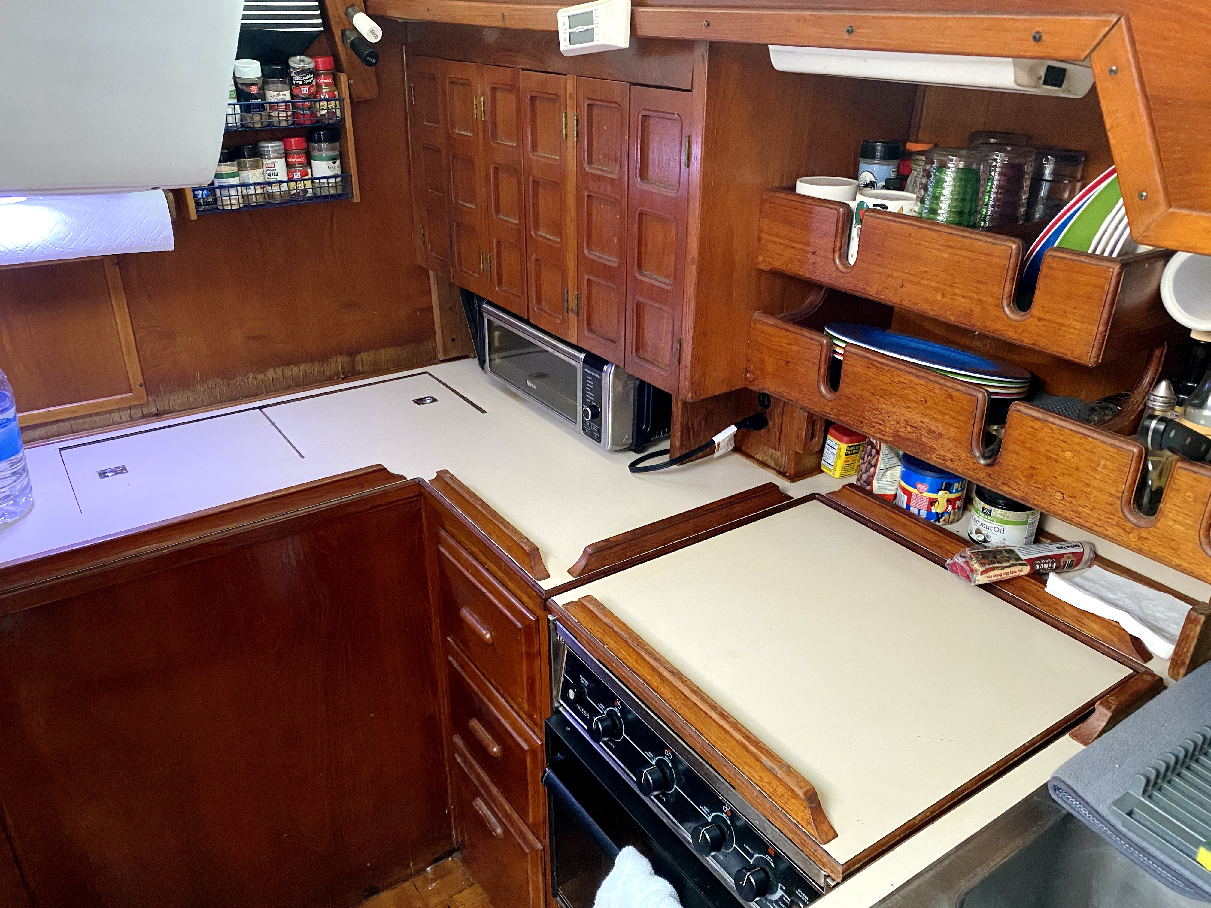 Endeavour 40 Center Cockpit - galley with ice box, oven, stove, toaster