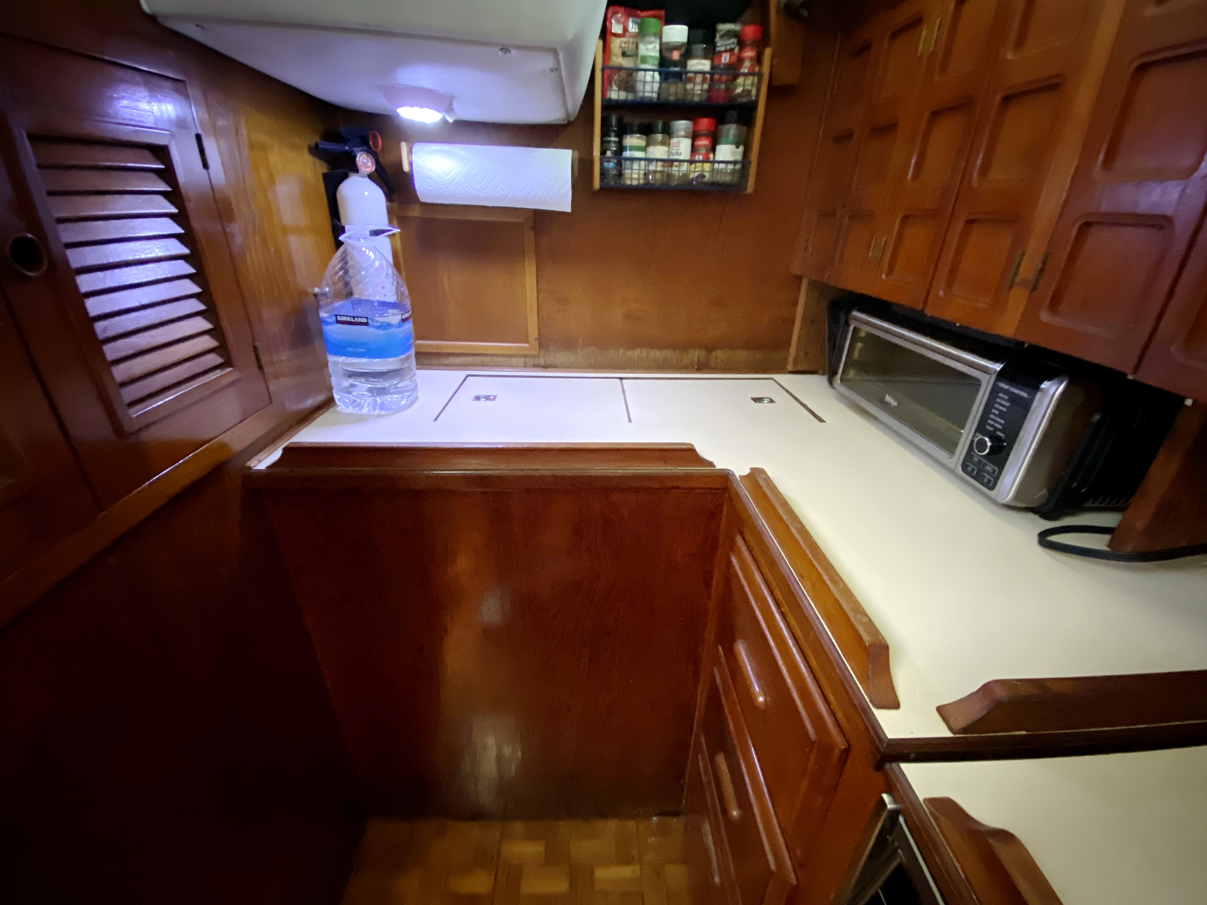 Endeavour 40 Center Cockpit - aft view of galley