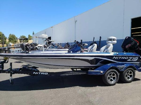 2021 Nitro boat for sale, model of the boat is Z19 & Image # 1 of 69